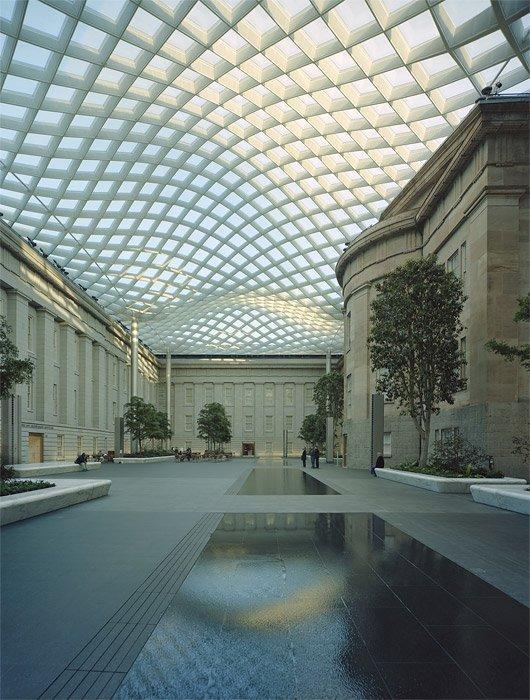 Смитсоновский Музей - внутренний двор