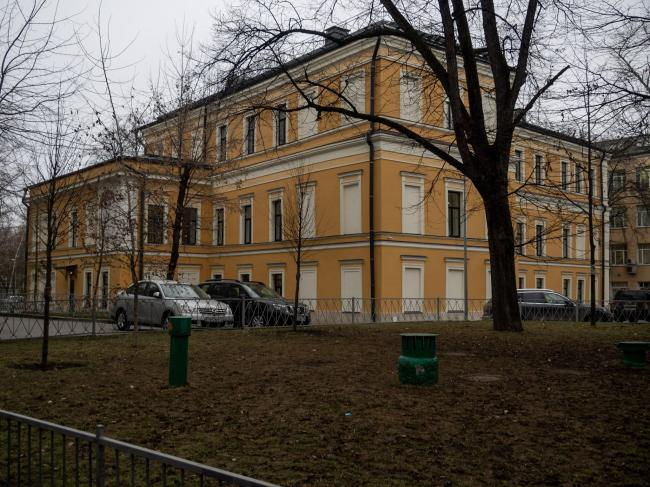 Московская межевая канцелярия XVIII века, в основе – палаты XVII века (Хохловский переулок, дом 10, строение 1)