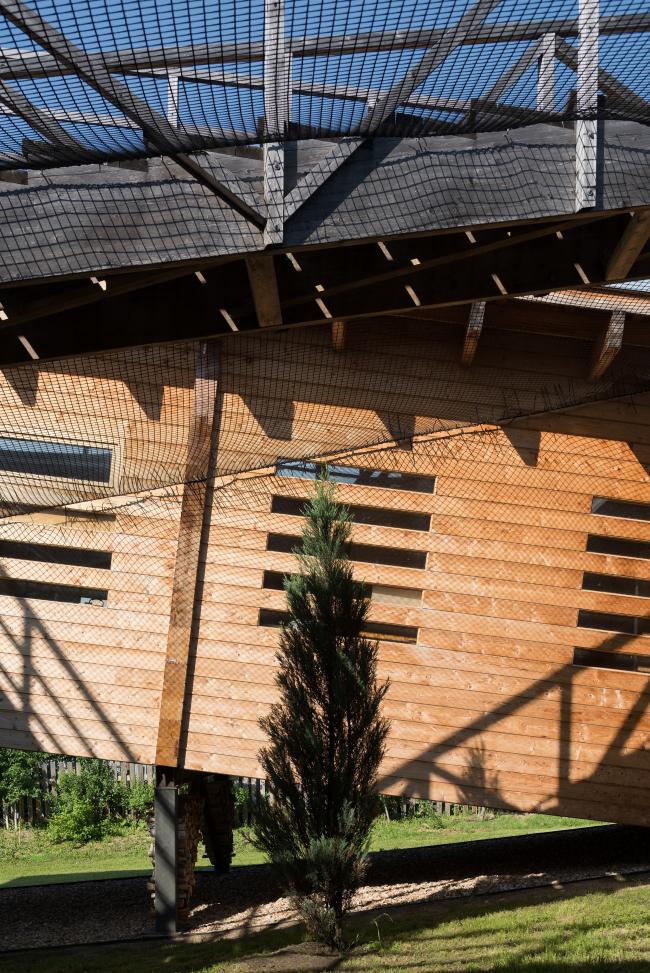 Тотан Кузембаев. Собственный дом в деревне Лиды