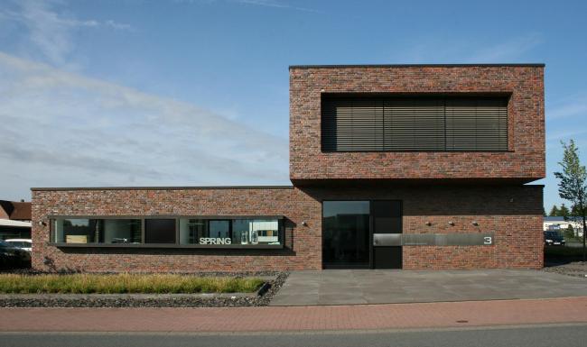 Офисное здание в Нойенкирхене