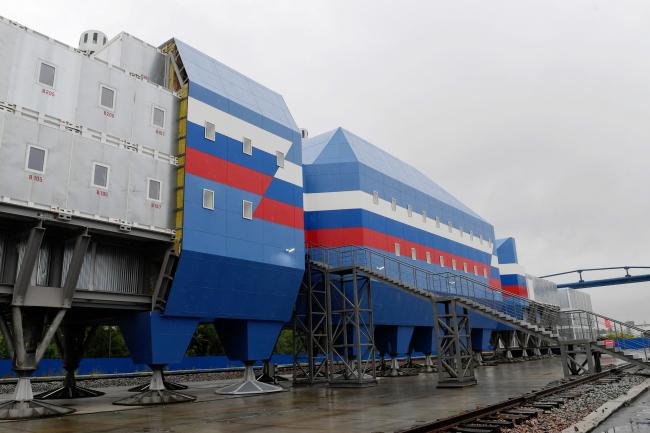 Контрольная сборка в г.Гатчина. Фасад. Новый зимовочный комплекс антарктической станции «Восток»