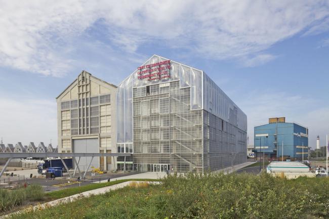 Здание FRAC Север – Па-де-Кале в Дюнкерке. 2013