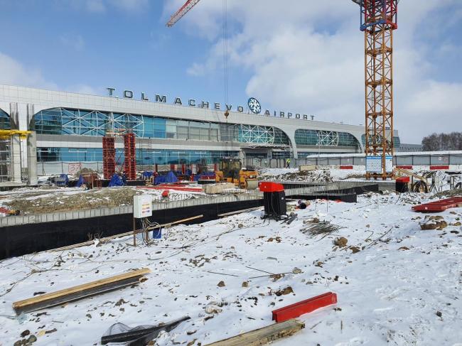 Терминал аэропорта Толмачево
