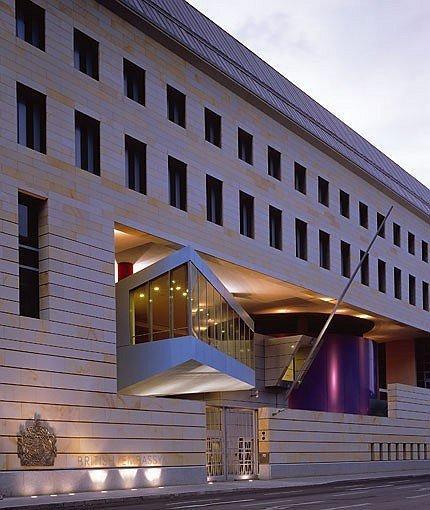 Вилфорд Шупп. Здание посольства Англии в Берлине