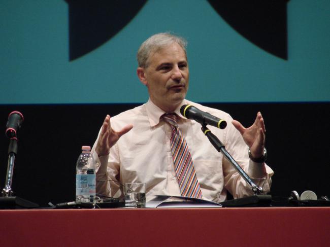 Аарон Бецки на пресс-конференции. Фотографии Юлии Тарабариной
