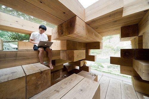 Дом Final Wooden House в Кумамото бюро Sou Fujimoto Architects