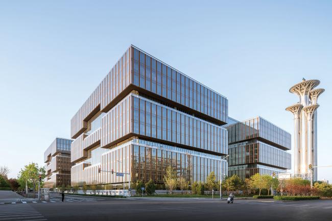 Азиатский финансовый центр и штаб-квартира Азиатского банка инфраструктурных инвестиций