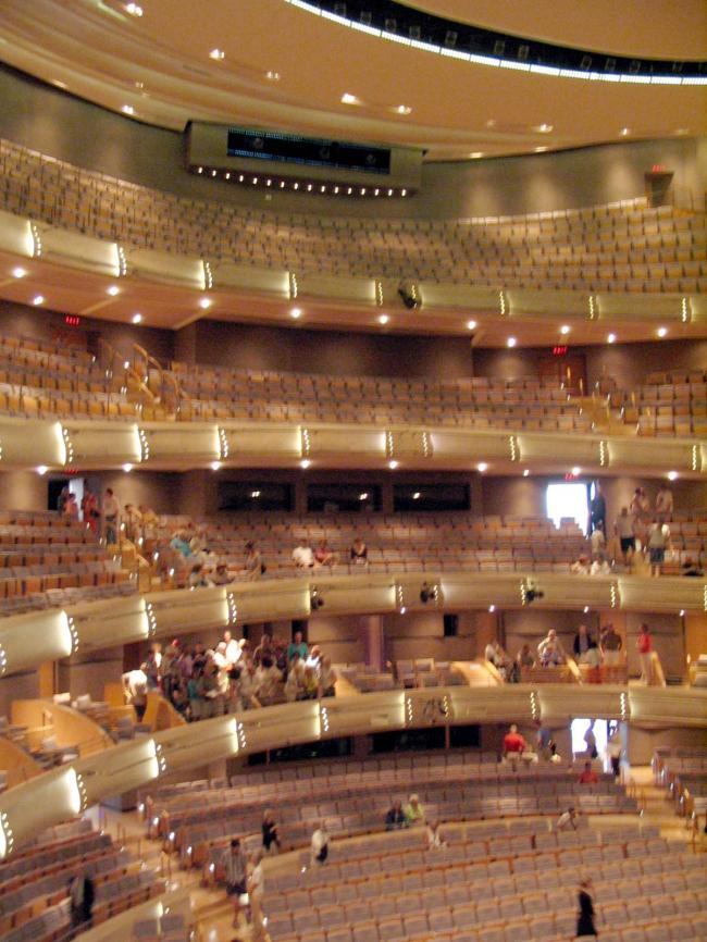 """Центр """"Four Seasons"""" – оперный театр. Фото via Wikimedia Commons. Фото находится в общем доступе"""