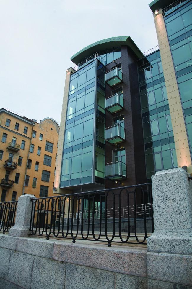Жилой дом «Stella Maris». Постройка, 2007. Фотография © А. Народицкий