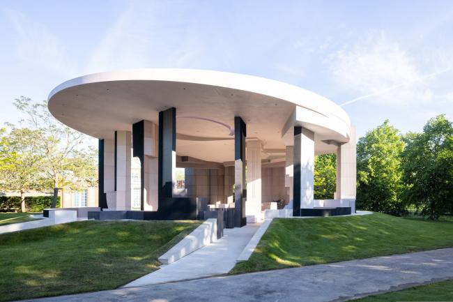 Летний павильон галереи «Серпентайн» 2021