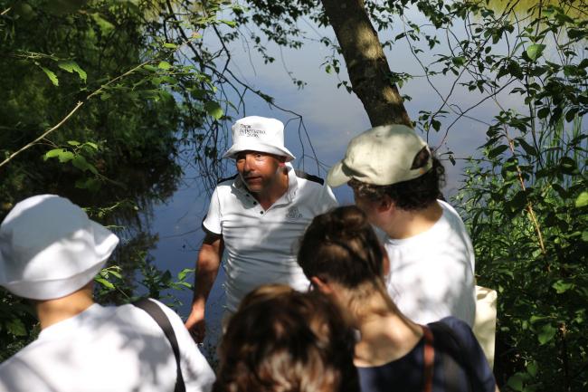 Григорий Ревзин ведет экскурсию, 26.06.2021. Парк Александра Бродского в Веретьево