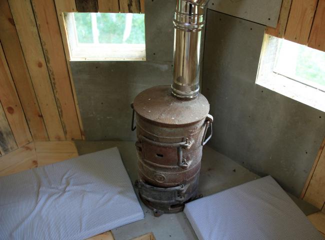 Ротонда: печка. Парк Александра Бродского в Веретьево