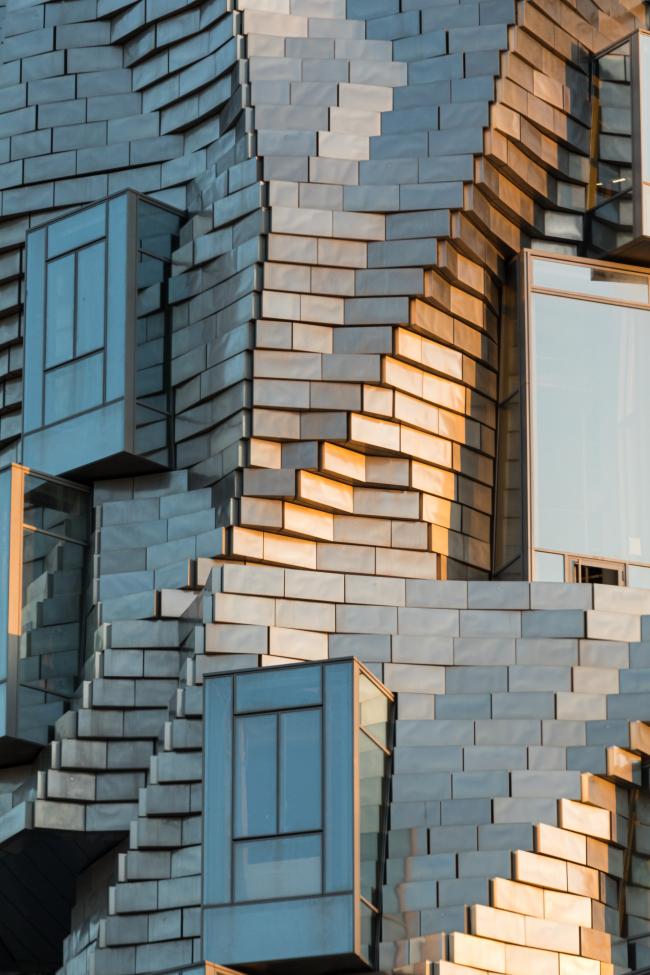 «Башня» – Центр художественных ресурсов на кампусе LUMA Arles
