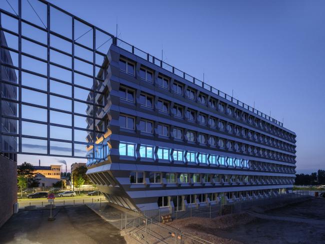 Офисное здание ZigZag