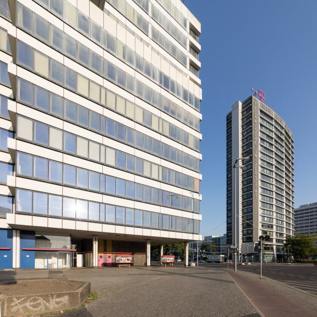 Здание Ernst-Reuter-Platz 6 до реконструкции. Tchoban Voss Architekten