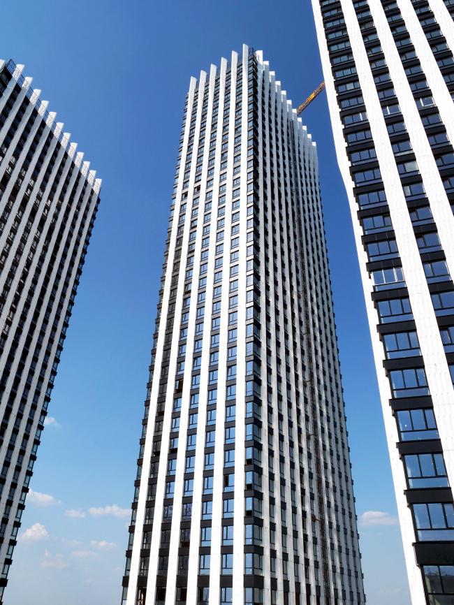 Жукова 11 / Welton Towers