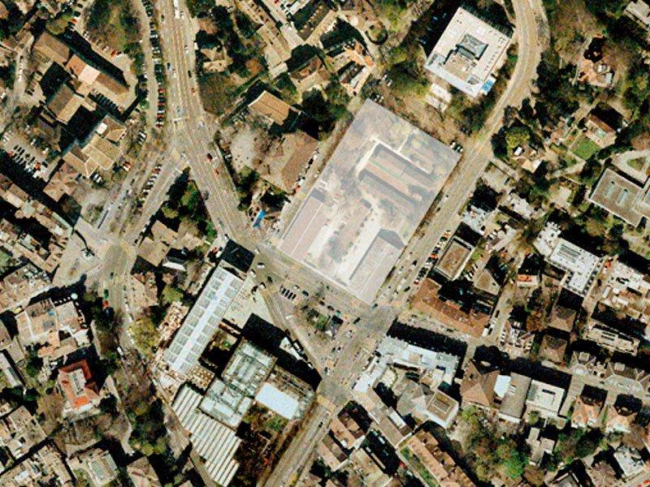 Район Кунстхауса. Аэрофотосъемка. Место строительства корпуса Д. Чипперфильда отмечено белым квадратом