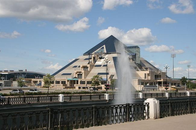 Культурно-развлекательный центр «Пирамида», Казань. Фотография: Tomaszpyt via Wikimedia Commons. Лицензия CC BY-SA 3.0