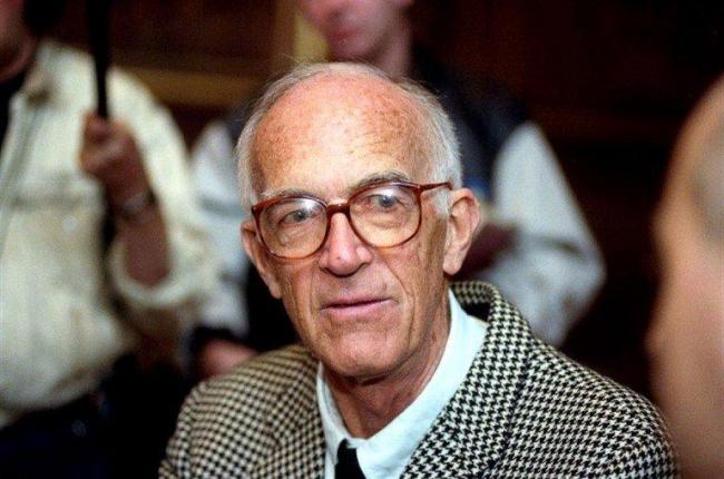 Йорн Утцон во время празднования своего 90-летия в апреле 2008