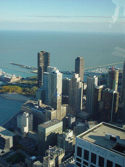 Вид на Чикаго с 92го этажа John Hancock Center