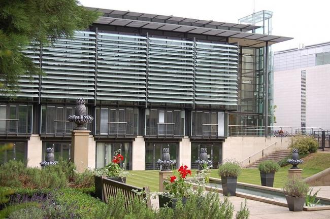 Американский институт Ротермиэ. Фото: 7HallPlace via Wikimedia Commons. Лицензия CC-BY-SA-3.0