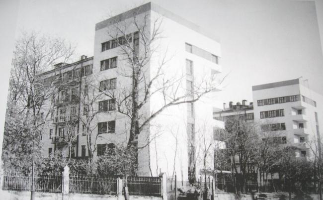 Кооперативный дм «Дукстроя». Москва. Фото 1930 г. (МУАР)