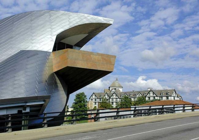 Музей искусств Таубмана © Randal Stout Architects