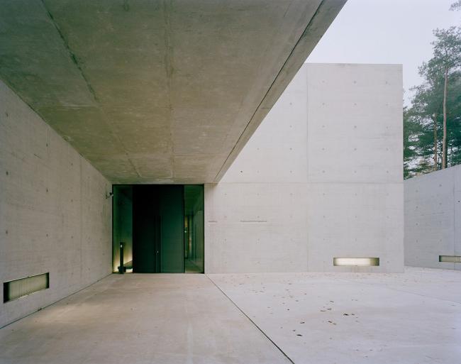 Мемориальный архивный центр Берген-Бельзен © KSP Jürgen Engel Architekten