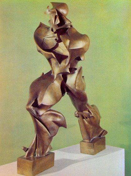 Умберто Боччони. Уникальные формы продолжительности в пространстве. 1913
