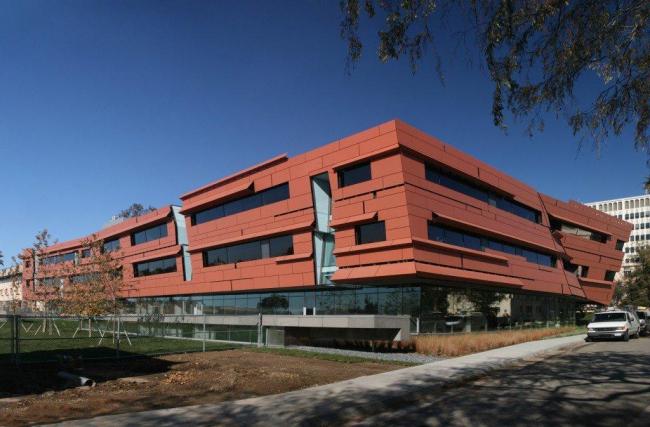 Центр астрономии и астрофизики Кэхилла