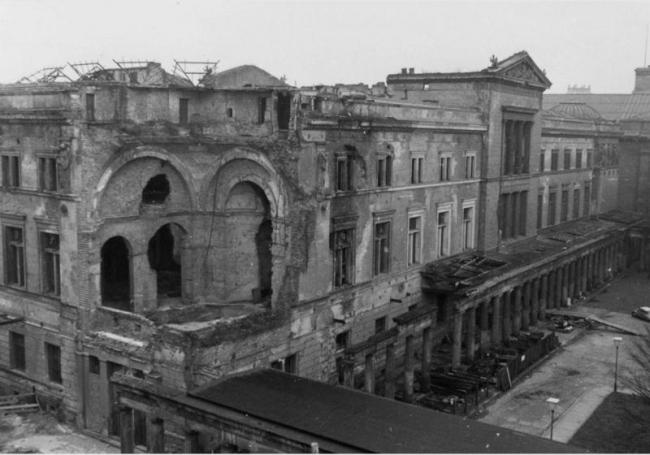 Новый музей. Восточный фасад. Фото 1964 г.