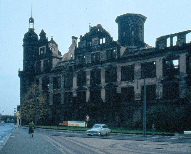Замок в Дрездене до начала реконструкции
