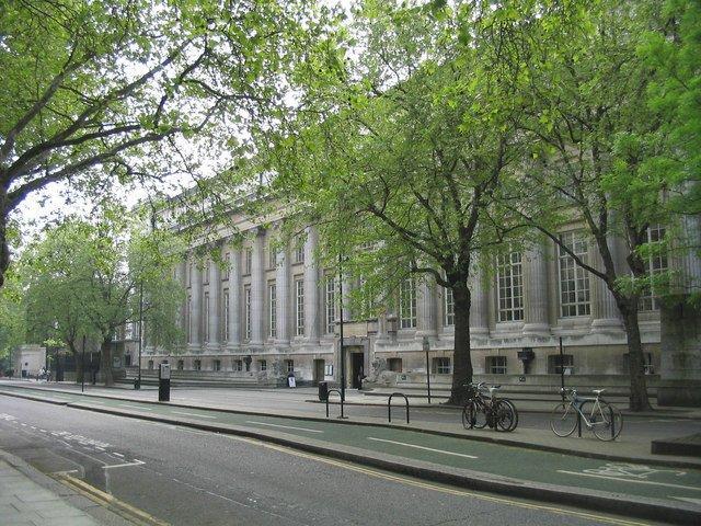 Задний фасад Британского музея. Современный вид