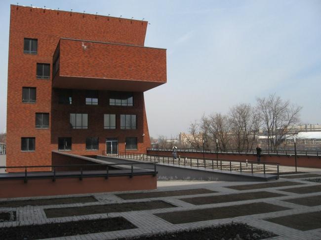 Бизнес-центр «Даниловский форт». Новоданиловская наб.,8. Сергей Скуратов