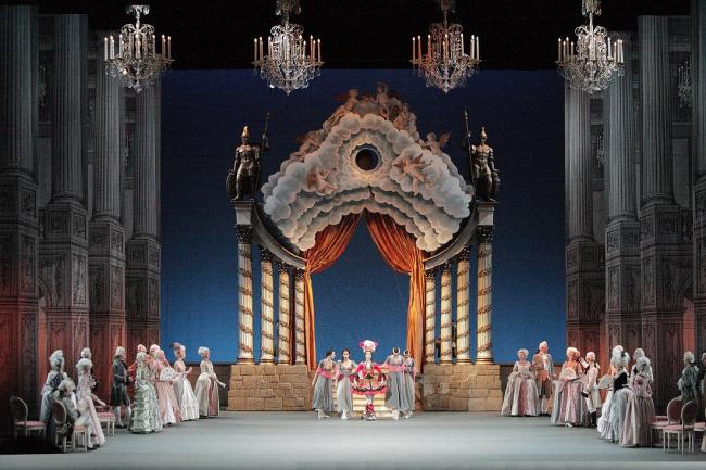 Версальский театр. Сцена из спектакля