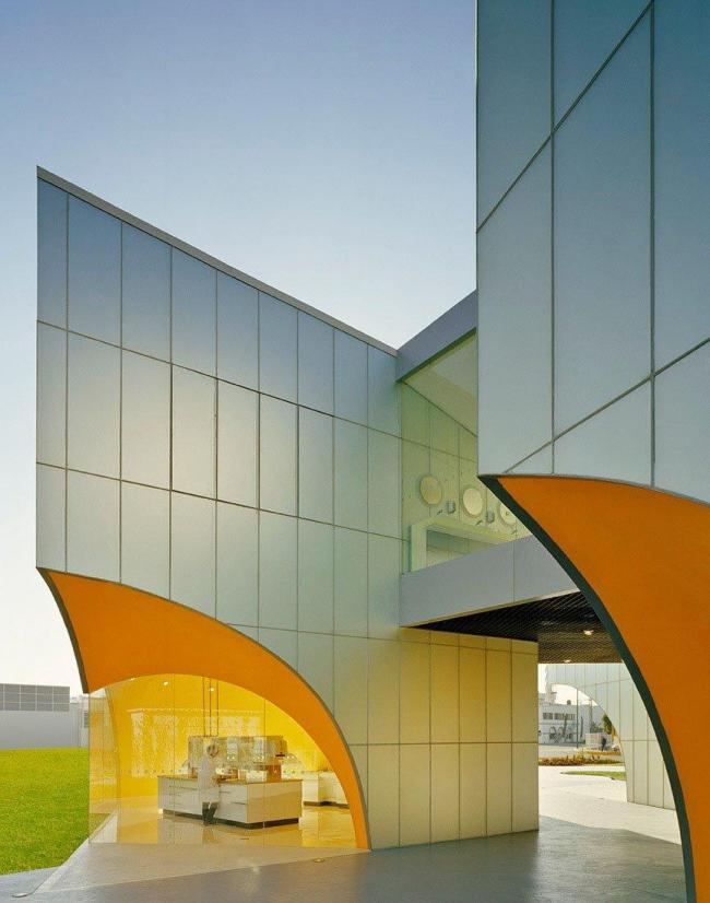 Комплекс Nestle Application Group. Фото:  Paúl Rivera © Rojkind Arquitectos