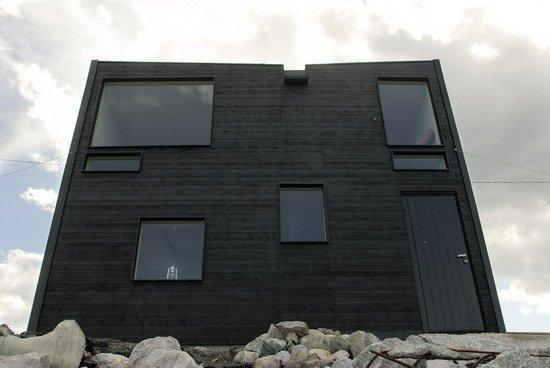 Сами Ринтала. Гостиница Hotel Kirkenes в Киркенесе (Норвегия). 2005 © Jan Erik Svendsen