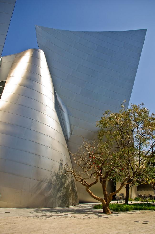 Концертный зал Уолта Диснея в Лос-Анджелесе. Фото: Antoine Taveneaux via Wikimedia Commons. Лицензия CC-BY-SA-3.0