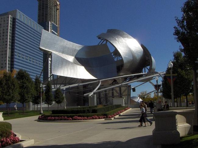 Павильон Притцкера в Чикаго. Фото: Adrian104 via Wikimedia Commons. Фото находится в общественном доступе