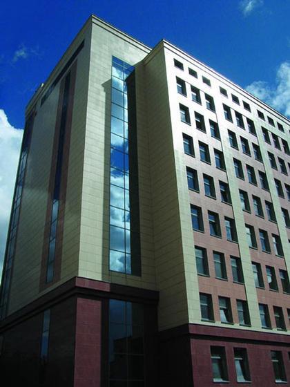 Пенсионный фонд в Новосибирске. Арх. А. Лотарев, Б. Турецкий (2005)