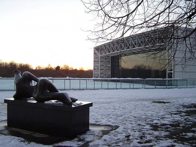 Центр изобразительных искусств Сейнсбери. Фото: AlpsAlpsAlps  via Wikimedia Commons. Фото находится в общественном доступе