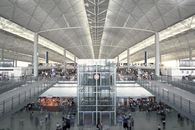 Аэропорт Чеп Лап Кок © Foster+Partner