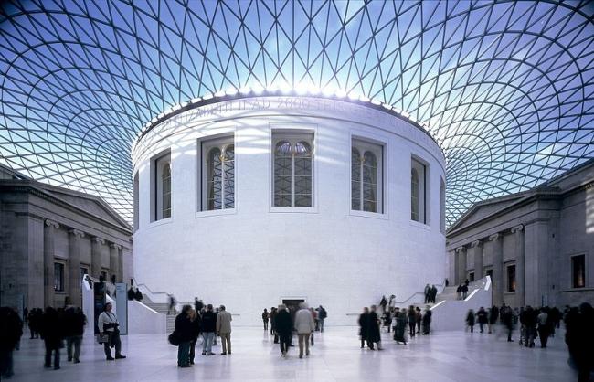Большой двор Британского музея - реконструкция. Фото M.chohan via Wikimedia Commons. Фото находится в общественном доступе