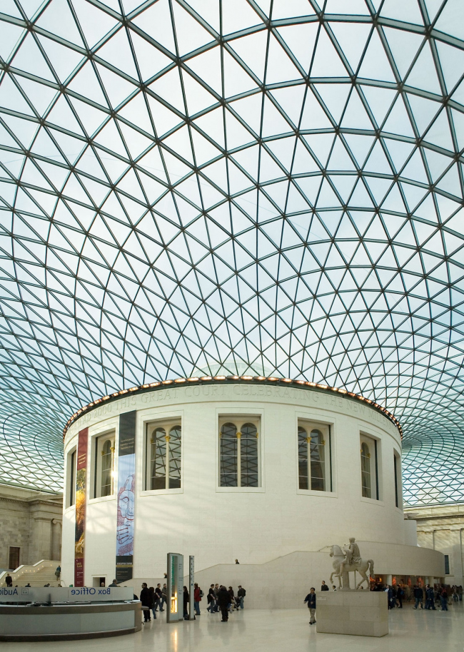 Большой двор Британского музея - реконструкция. Фото: Andrew Dunn via Wikimedia Commons. Лицензия CC BY-SA 2.0