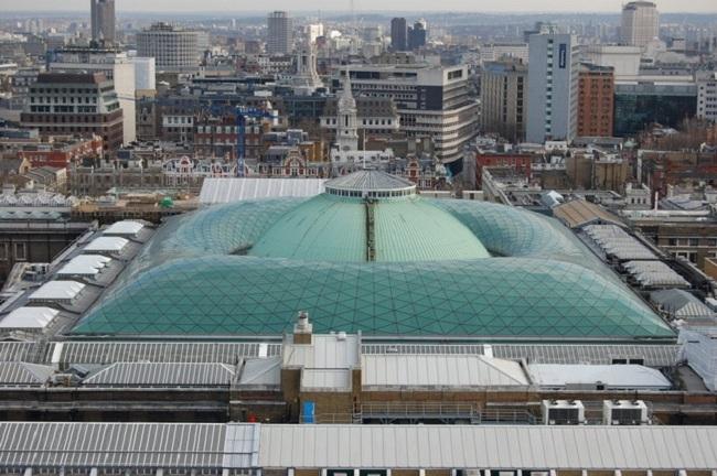 Большой двор Британского музея -- реконструкция. Фото: Matthew Bristow via Geograph. Лицензия CC BY-SA 2.0