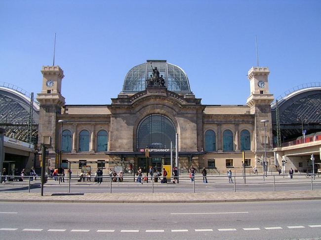 Центральный вокзал Дрездена -- реконструкция. Фото: L.E.rewi-sor via Wikimedia Commons. Лицензия CC BY-SA 3.0