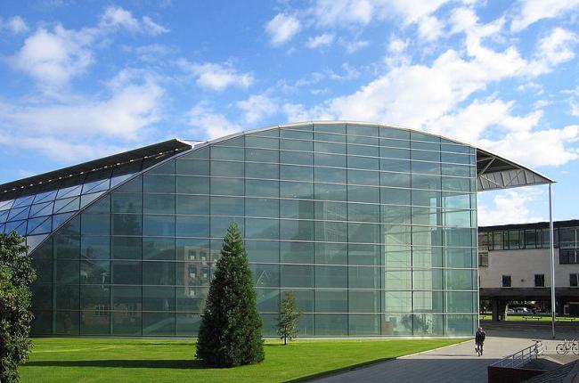 Юридический факультет Кембриджского университета. Фото: Andrew Dunn via Wikimedia Commons. Лицензия CC-BY-SA-2.0