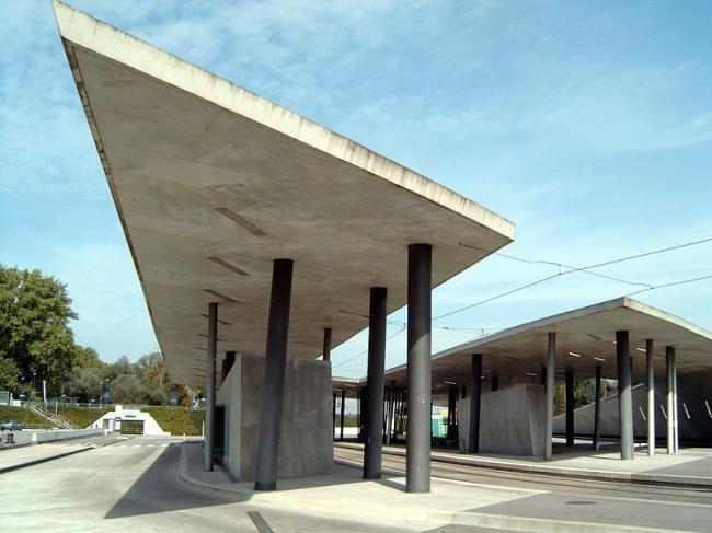 Вокзал Энайм-Север. Фото: Andreas Schwarzkopf via Wikimedia Commons. Лицензия CC-BY-SA-3.0