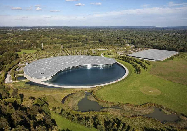 Технологический центр McLaren. Фото © McLaren
