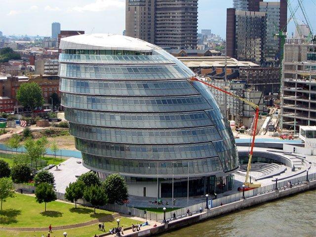 Здание Администрации Большого Лондона. Фото: Arpingstone via Wikimedia Commons. Фото находится в общественном доступе